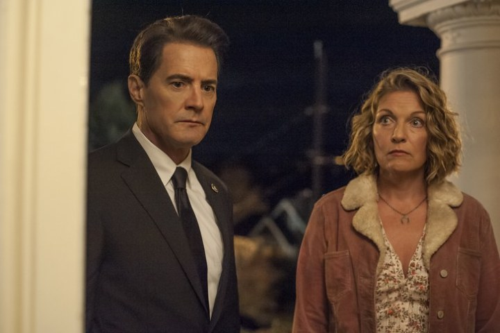 Kyle MacLachlan and Sheryl Lynn in Twin Peaks